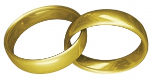 gold-rings-2-1326034-m